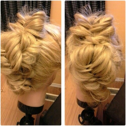 Hair mohaw fish tail up do