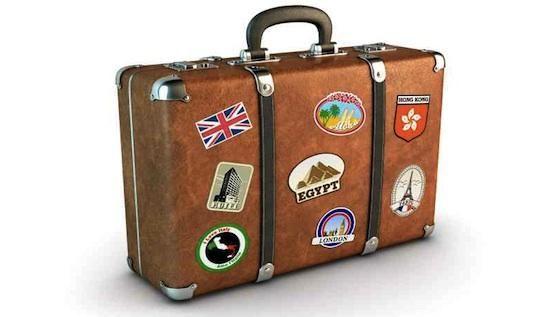 ¿Viajas con bebés? Es hora de hacer (bien) la maleta