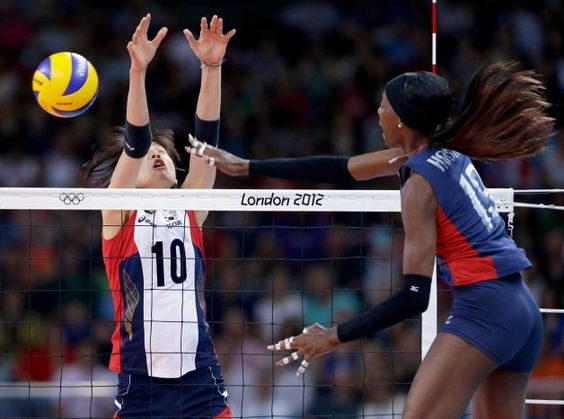 Destinee Hooker is a freaking monster. In the best way possible. I love her.
