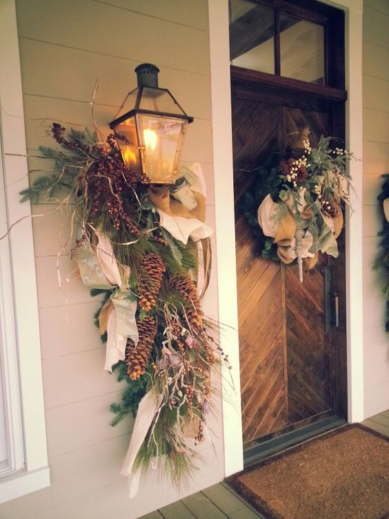 Christmas outside...LOVE the front door!