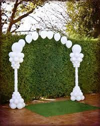 Resultado de imagen de arco de globos para boda plata