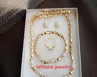 19+ Gold hugs and kisses jewelry set info