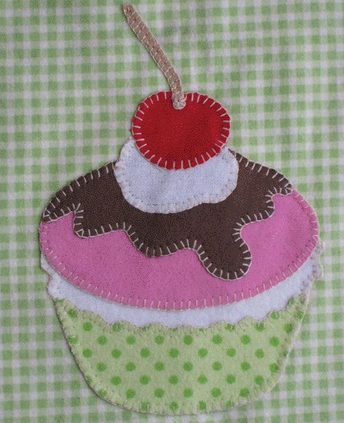 Free Applique Patterns | Free Applique Pattern - Cupcake Sundae