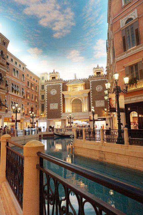venetian Mall, Cotain Strip, Macau | Laugh Travel Eat