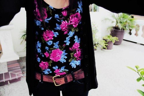 Omg I love this soo much! And I have no clue where to get the top! Ah! I need help :P