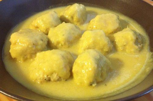 Bolitas de Pollo con Salsa de Mostaza para #Mycook http://www.mycook.es/receta/bolitas-de-pollo-con-salsa-de-mostaza/