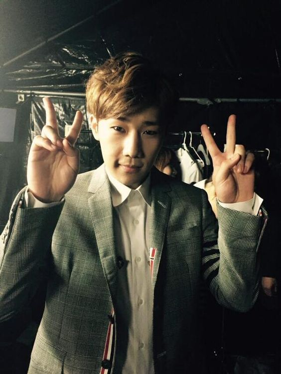 [Twitter] 150506 Official_IFNT: [#INFINITE] 2015 JAPAN TOUR -DILEMMA- Sunggyu [2]