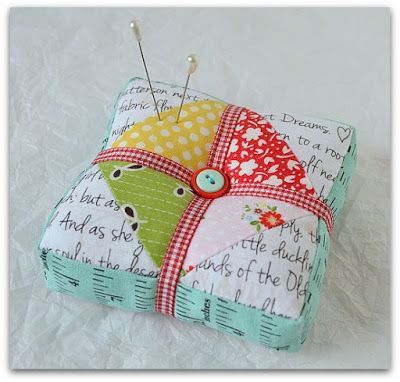Cutest Pincushion and so easy to make!  The Sewing Chick: A Pincushion and a Tutorial: