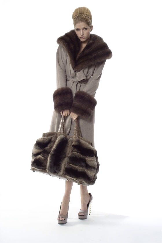 Cashmere Coat With Fur Trim