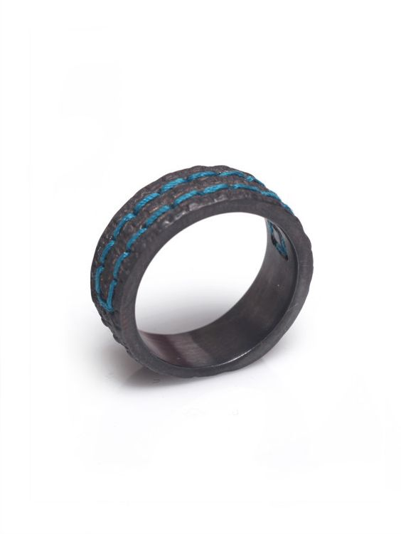 """ring """"fil"""" - blackened silver with embroidery"""
