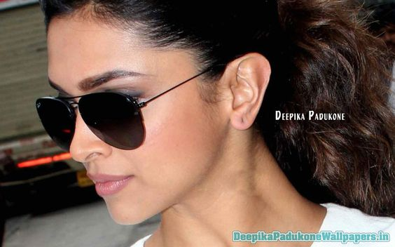 Black Specs of Deepika Padukone #DeepikaPadukone http://www.deepikapadukonewallpapers.in/