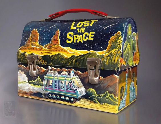 Lost In Space lunch box 1967
