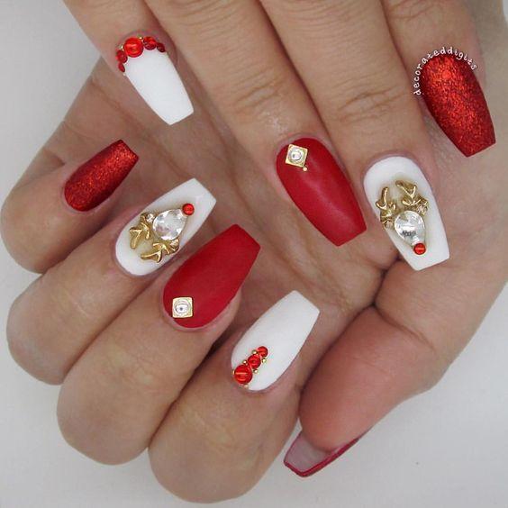 38 Amazing Christmas Nail Ideas For 2018 Christmas Nails Acrylic Christmas Nail Designs Gorgeous Nails