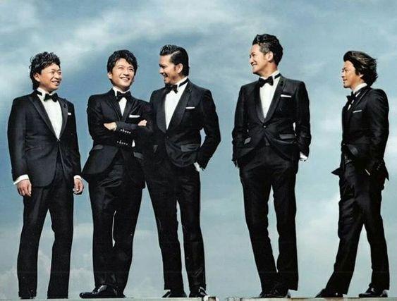 TOKIO5人スーツを着てかっこいい壁紙