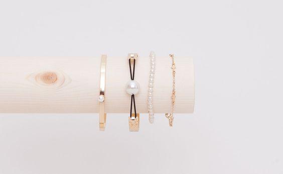 Pull&Bear-pack 4 pulseras perlas