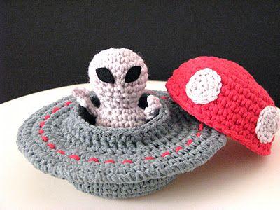 A crochet alien & its crafty UFO. So cute! For sale ...