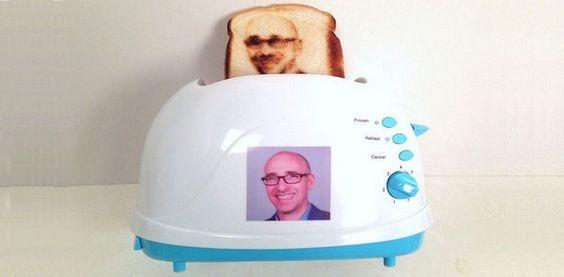 Quema tu Selfie en una Tostada con el Selfie Toaster
