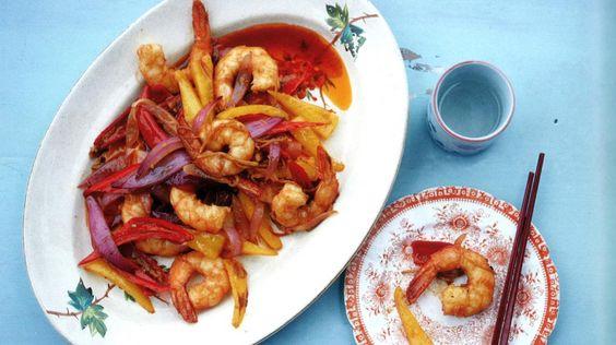Geroerbakte garnalen met chilipeper & tomaat | VTM Koken
