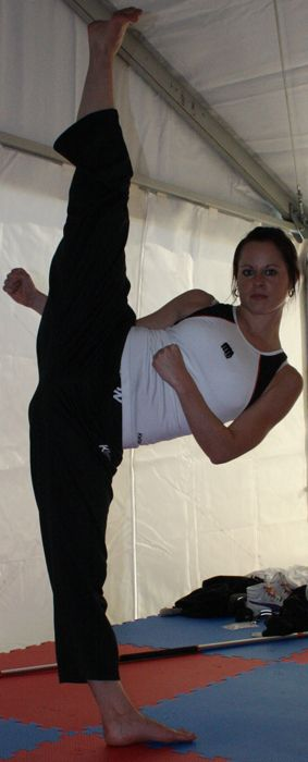 Chloe Bruce #taekwondo #karate #highkick