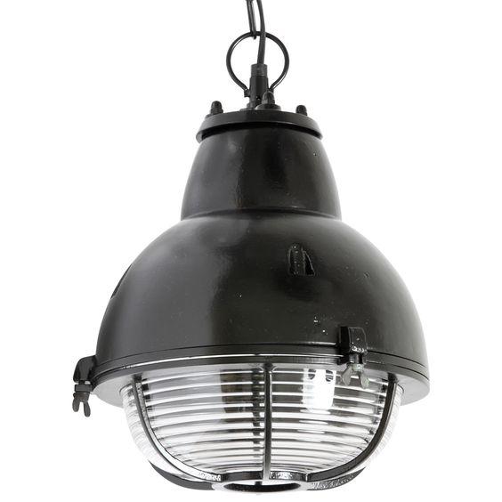 Bunkerleuchte+in+rauhem+Industrie-Stil+mit+Kette,+schwarz von Edition+Casa+Lumi