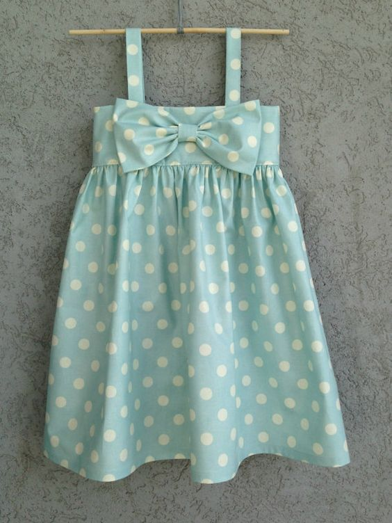 Lumière bleue à pois bébé/bambin robe robe de par dreamcatcherbaby