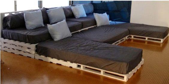 Muebles de palets Increible sala de cine con palets  Muebles de