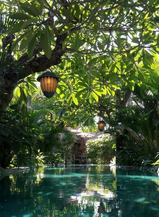 Uma karan seminyak boutique hotel in bali oui travel for Pool design bali