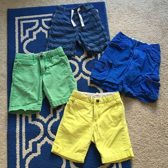 Baby Gap boys shorts lot sz: 5 All shorts in excellent condition, nearly new to say the least. All size 5. Asking $42 for the whole lot or $12 a pair of wanted individually. GAP Bottoms Shorts