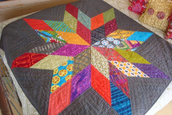Kelli's Star Light Star Bright Quilt.  Free pattern from Moda Bakeshop Hand quilted