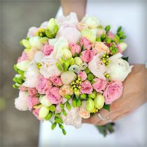 Brautstrauss | Hochzeitsfloristik von weddstyle