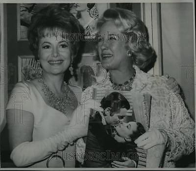 1967 Wire Photo Olivia De Havilland And Mrs. Clark Gable - Cvw00841