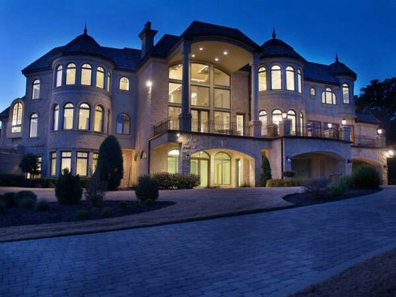 I 39 m not really into big fancy houses but i like it for Big amazing houses