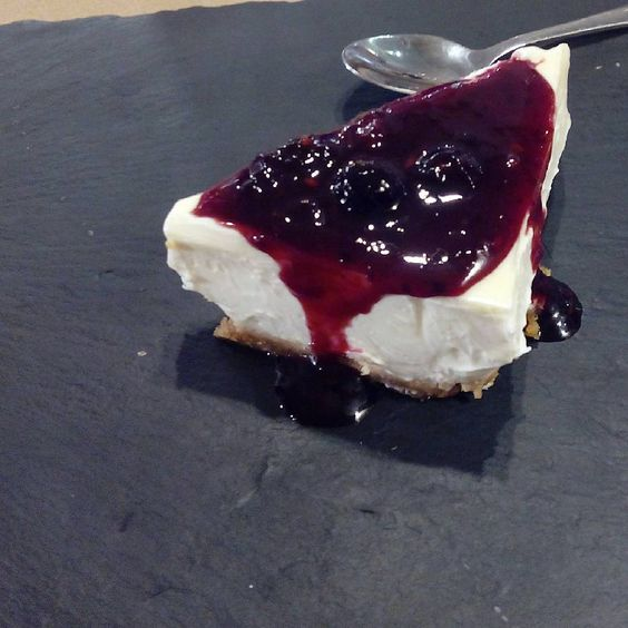 Tarta de queso en el menú degustación del restaurante @PetitComite_Zaragoza (Hernando de Aragon 1)
