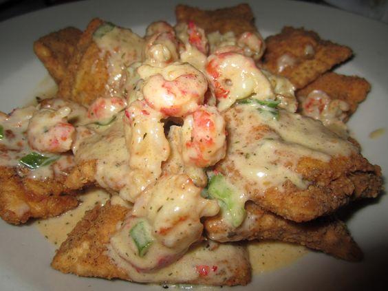 Crawfish ravioli!  Yumyum! One of my faves at Copeland's Cheesecake Bistro