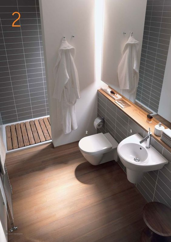 Petite salle de bain id e sympas pinterest toilettes for Belle petite salle de bain