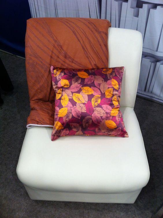 #manta y #cojin con diseños de @priscillavm #travesseiros #blanket #cushion https://digilabel.com/