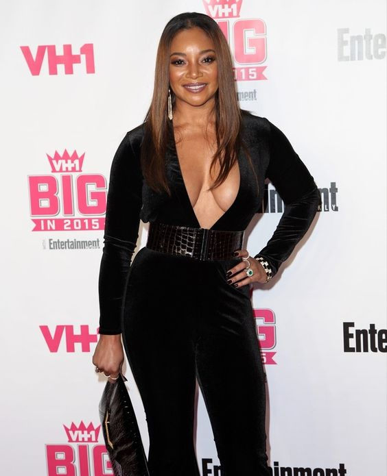 tamala-jones-vh1-big-in-2015-with-entertainment-weekly-awards-01.jpg (811×1000)