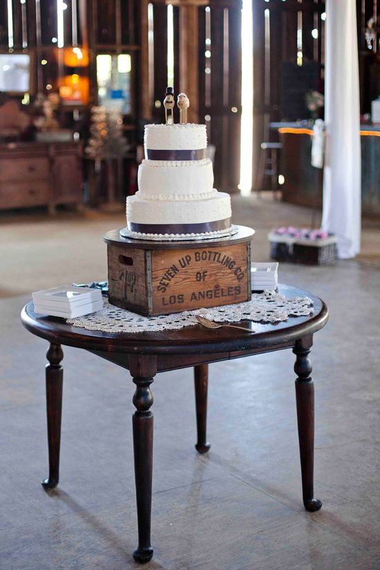 The old furniture ideas and cakes on pinterest for Where can i find old wine crates