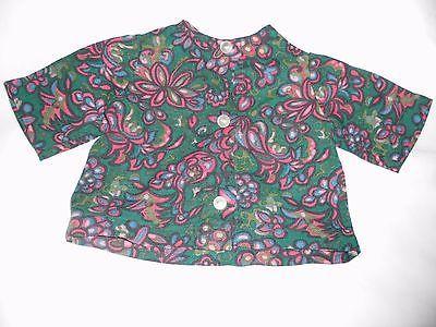 alte-Puppenkleidung-gruene-Bluse-mit-floralem-Muster