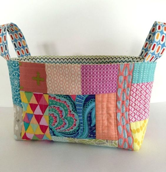 one hour basket - looks like a good way to use up scraps I can't bear to part with: