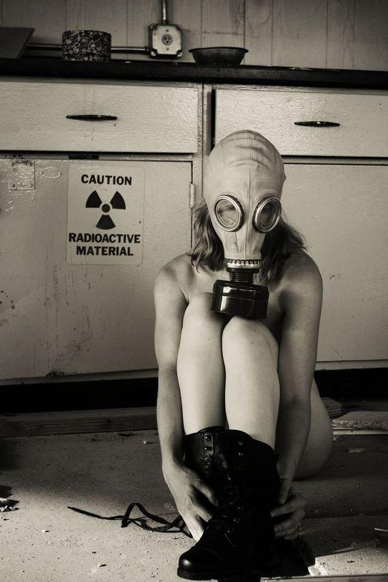 gas mask: