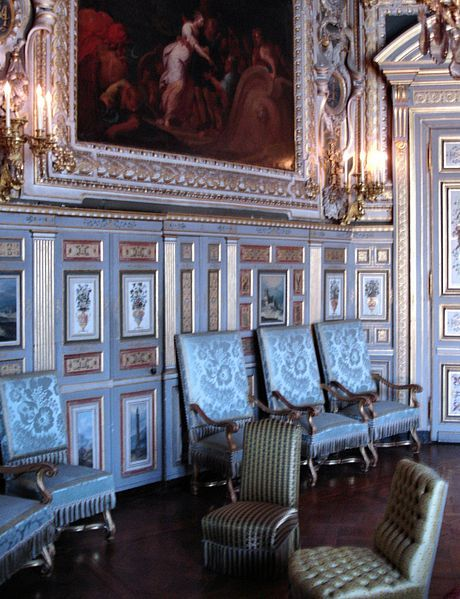 Chateau de fontainebleau salon louis xiii 1601 for Salle a manger louis xiii