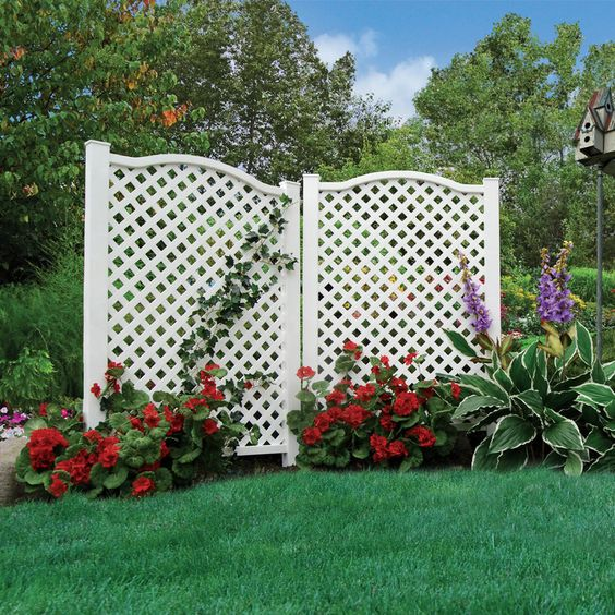 Pinterest the world s catalog of ideas for Outdoor privacy screen white