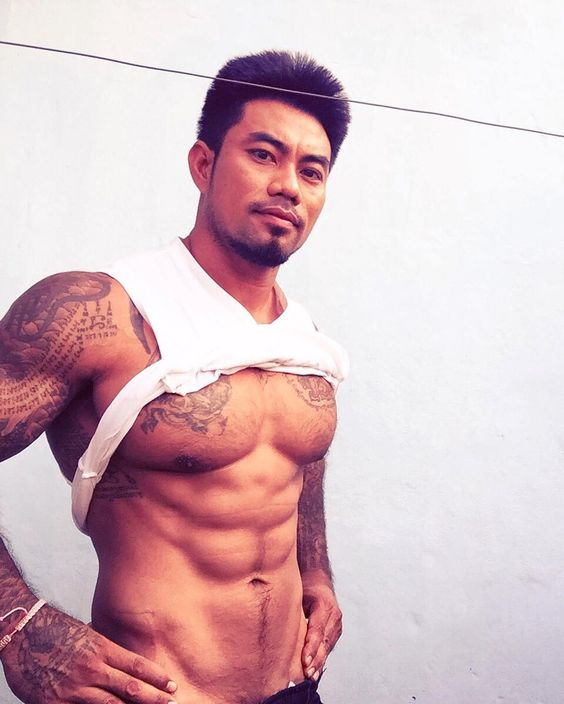 Asian Male Muscle : Photo