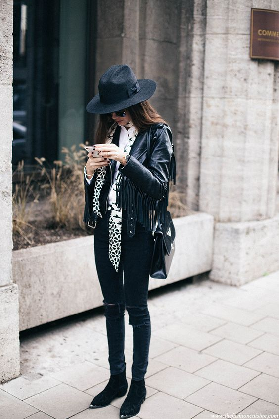 Pointed ankle boots are one of the hottest fall trends!