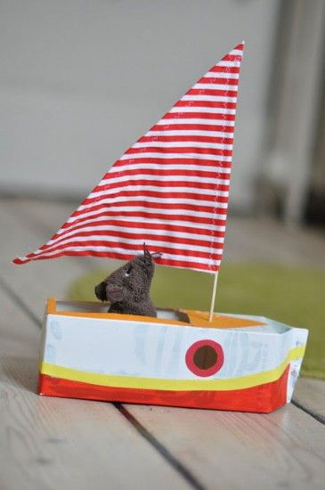 Barcos de juguete caseros
