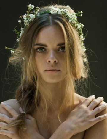 HAIR & MAKE UP: Monica Gold (Melbourne) Make Up artist