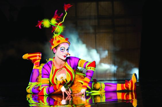 Faire la nouba. Live it up. ( La Nouba by Cirque du Soleil ) http://cirk.me/11fRthk