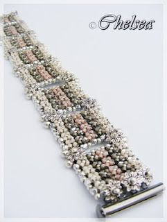 Chelseaspearls: Millefleur Okay there is no pattern but I figured it out how it was made SB are delicas