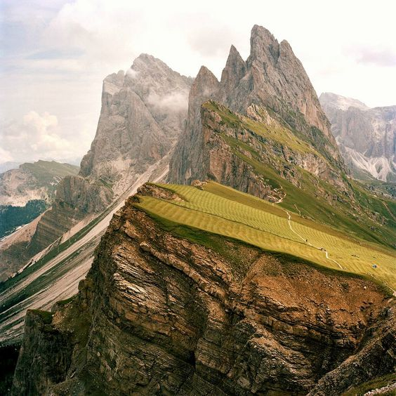 italy.: Dolomites Mountain, Favorite Places Spaces, Northern Italy, Beautiful Places, Northeastern Italy, Mountains Italy, Kevinkunstadt